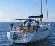 Yacht Oceanis 43 available for charter in Vrsar