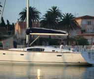 Sailing yacht Oceanis 43 for charter in Tourlos Marina