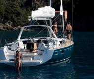 Segelboot Oceanis 48 chartern in Cannigione Marina