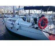 Sailing yacht Sun Odyssey 32i for hire in Marina San Antonio