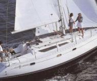 Segelboot Sun Odyssey 33i Yachtcharter in Marina di Portorosa