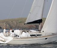 Sailing boat Sun Odyssey 36i for hire in Kortgene