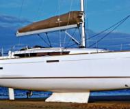 Yacht Sun Odyssey 379 available for charter in Vinoy Resort Marina