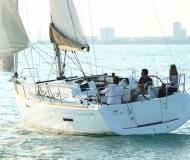Yacht Sun Odyssey 379 chartern in Casilda