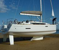 Yacht Sun Odyssey 379 for rent in Yacht Harbour Breege