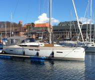 Yacht Sun Odyssey 409 available for charter in Marina Porto Colom