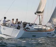 Yacht Sun Odyssey 409 for charter in Warwick