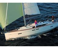 Yacht Sun Odyssey 419 available for charter in Port of Skopelos