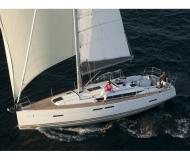 Sailing boat Sun Odyssey 419 available for charter in Volos Harbour