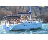 Sail boat Sun Odyssey 43 available for charter in Portimao