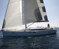 Sailing boat Sun Odyssey 439 for charter in Piombino