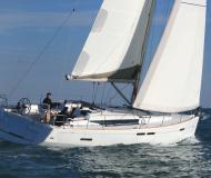Segelyacht Sun Odyssey 439 Yachtcharter in Rosignano Solvay