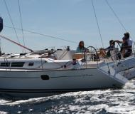 Sailing boat Sun Odyssey 44i for rent in Le Marin