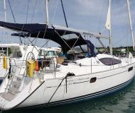 Yacht Sun Odyssey 50DS Yachtcharter in Marigot Bay Marina