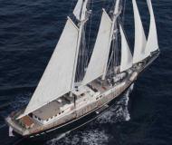 Segelboot SY Mephisto chartern in Alter Hafen von Cannes