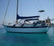 Sailing yacht Tagudo 34 for rent in Marina Riva del Garda