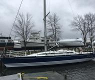 Yacht X 442 for charter in Conanicut Marina