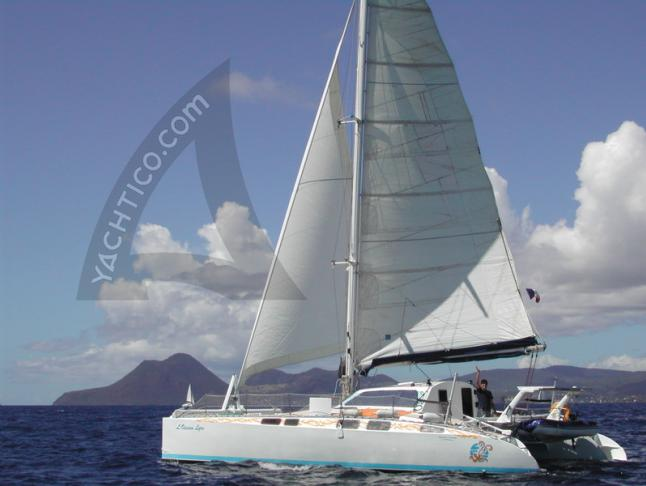 Cat IMAGINE 39 available for charter in Le Marin