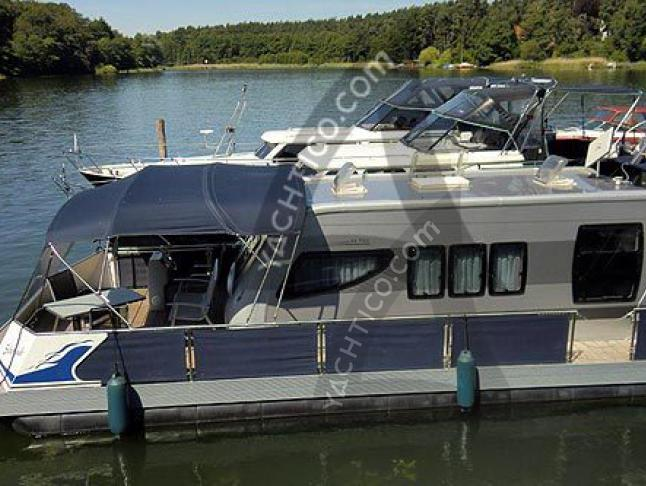 Hausboot in Yacht Harbour Waren chartern