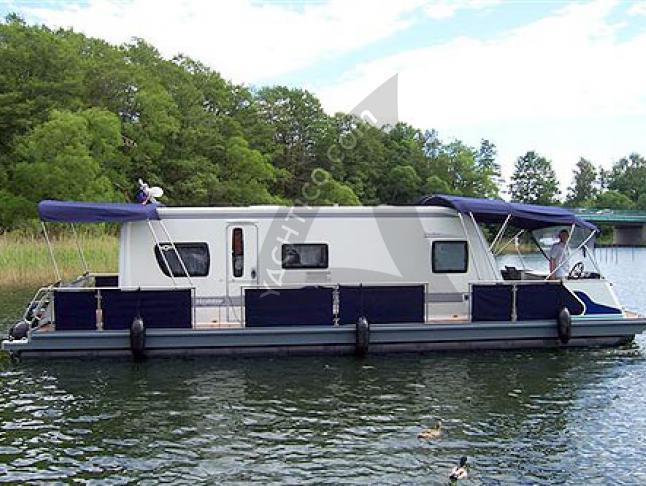Water Camper 1200 - Houseboat Rentals Waren (Germany)