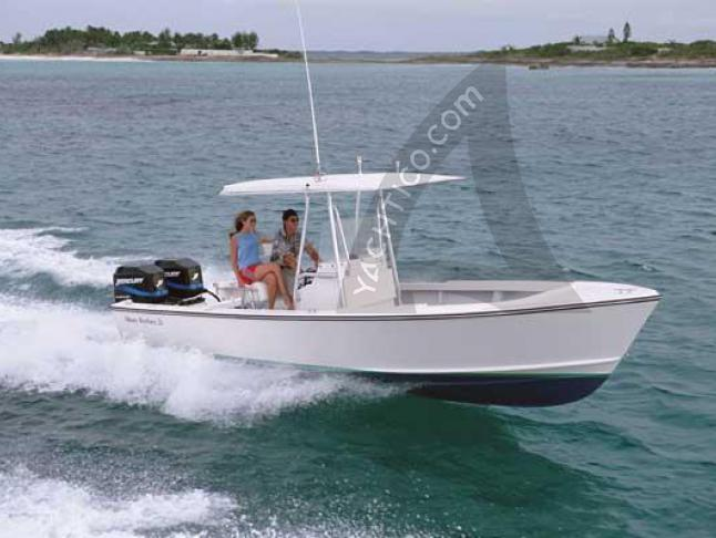 Motor boat Albury Brothers 23 available for charter in Marsh Harbour City
