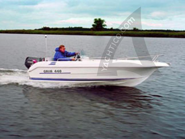 Motoryacht Galia 440 for rent in Potsdam