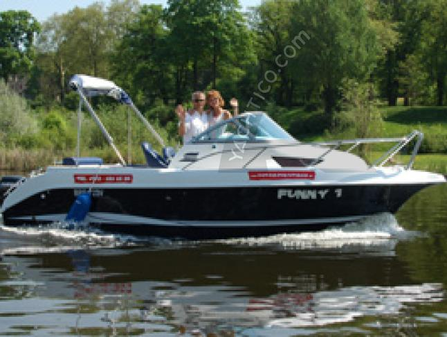 Motoryacht Galia 600 chartern in Potsdam