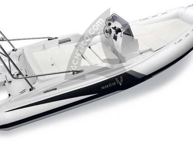 Mako 68 Motorboot Charter Frankreich