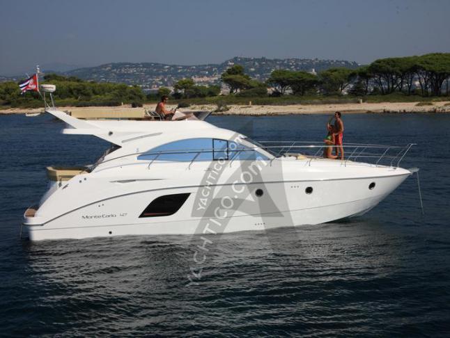 Motoryacht Monte Carlo 47 Fly Yachtcharter in Split