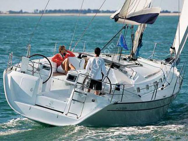 Segelboot Cyclades 39 chartern in Marina La Lonja