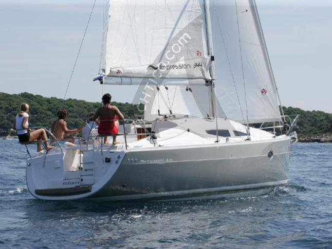 Segelyacht Elan 344 Impression chartern in Marina Kremik