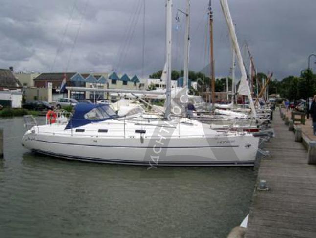 Yacht Harmony 34 chartern in Hafen von Yerseke