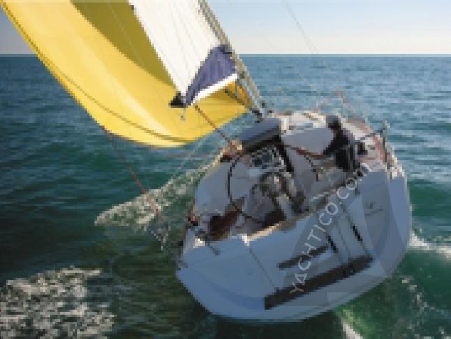 Sun Odyssey 30i Segelyacht Charter Hyeres