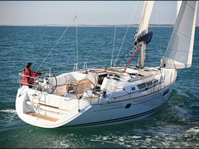 Segelyacht Sun Odyssey 44i Yachtcharter in Marina di Scarlino