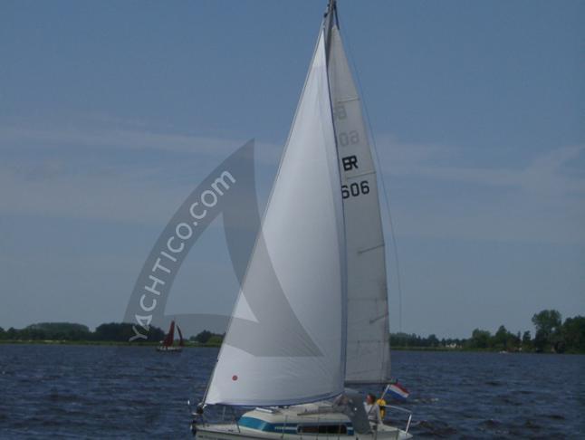 Van de Stadt 27 Segelboot Charter Niederlande