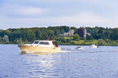Boating Tour Potsdam_Berlin_25_YM_Boots-Tour_0025_Fotonachweis_TMB_Fotoarchiv-Maecke
